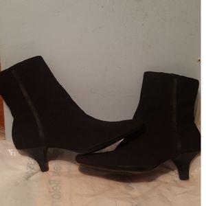 Aerosoles Black Boots Size 6.5